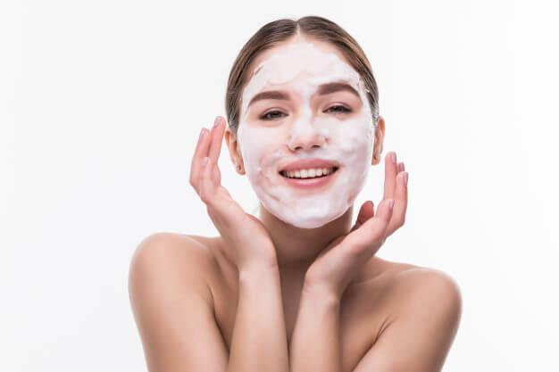 spa girl applying facial mask beauty treatments cosmetics 231208 1509